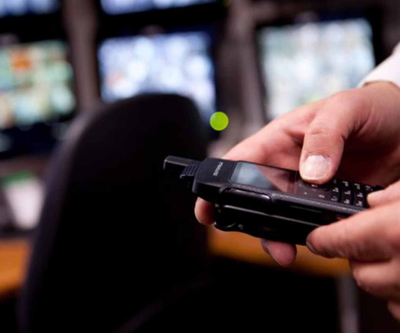 Mototrbo SL4000 security - social distancing radio